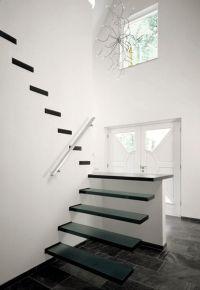 Productnieuwsbericht NBD - EeStairs zwevende trap geeft ruimte bijzondere uitstraling