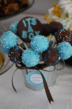 Its a boy baby shower cake pops centerpiece. Baby Shower Cakes, Fiesta Baby Shower, Baby Boy Cakes, Baby Shower Fun, Baby Shower Gender Reveal, Cakes For Boys, Baby Showers, Shower Party, Baby Shower Parties