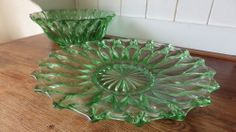 VINTAGE 1960s Green Glass FRUIT BOWLS