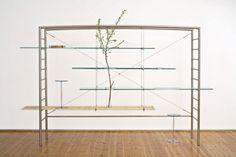 """""""Men and flowers"""" bookcase - Andrea Branzi"""