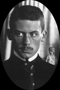 Gropiu Walter Alma Mahler | Walter Gropius (1907)