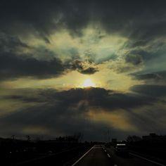 良い天気が続いて気分もよいのー #sun #cloud #iphoneonly #iphonegraphy #iphoneography #iosphotography #fbp