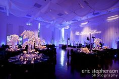 Elegant reception in Ponti Hall at the Denver Art Museum. Photo by Eric Stephenson Photography.