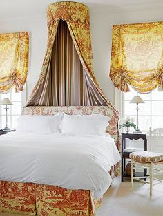 Decorating and Design Ideas Toile Triumphant. Possible to cover dark bed with skirting, headboard with slipcover style headboardToile Triumphant. Possible to cover dark bed with skirting, headboard with slipcover style headboard French Country Bedrooms, French Country Style, French Country Decorating, Bedroom Country, Bedroom Wall Designs, Bedroom Decor, Bedroom Ideas, Master Bedroom, Gold Bedroom