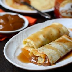 Recipe for pancakes with dulce de leche. Classic dough recipe to prepare p . Crepe Recipes, Dough Recipe, Nom Nom, Pancakes, Recipies, Spices, Food And Drink, Cooking, Breakfast