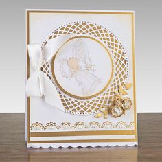 Buy Tonic Trellis Circle Base Die Set from CreateAndCraft. Confirmation Cards, Baptism Cards, Christening Card, Tonic Cards, Studio Cards, Handmade Card Making, Beautiful Handmade Cards, Marianne Design, Create And Craft