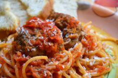Tomato Sauce 2 Ways Yummy Recipes, Yummy Food, Easy Tomato Sauce, Yummy Treats, Super Easy, Tasty, Ethnic Recipes, Tasty Food Recipes, Delicious Food