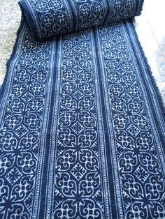 Fabric Rug, How To Dye Fabric, Cool Fabric, Dyeing Fabric, Bohemian Fabric, Boho, Batik Quilts, Batik Pattern, Blue Texture