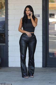 Kim Kardashian dons black leather slacks on a sweltering day in LA Kim Kardashian dons black leather slacks on a sweltering day in LA,celebs. Back in black: Kim Kardashian looked flawless as she. Kim Kardashian Bikini, Kim Kardashian Blazer, Looks Kim Kardashian, Estilo Kardashian, Kardashian Style, Kardashian Kollection, Kardashian Clothing, Kardashian Fashion, Urban Outfitters Outfit