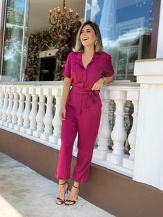 Pink Outfits, Date Outfits, Fashion Outfits, Womens Fashion, Iranian Beauty, Look Star, Pink Jumpsuit, Going Out Outfits, Modern Outfits