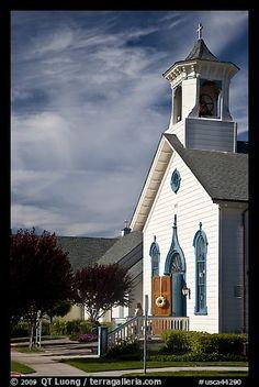 White church. Half Moon Bay, California, USA.  Photo by QT Luong