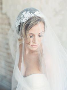 New Arrive Elegant Applique Wedding Veil Blusher/Waltz style can be change cove your face Bride veil Chapel Length Veil, Veil Length, Juliet Cap Veil, Vintage Veils, Vintage Bridal, Bride Veil, Wedding Veils, Wedding Dresses, Wedding Headdress