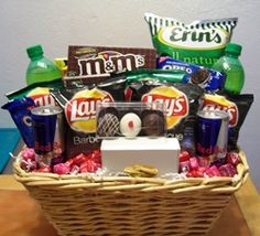 Father's Day goodie basket Goodie Basket, Gift Baskets, Lil Sis, Dad Day, Basket Ideas, Holidays And Events, Pop Tarts, Customized Gifts, Fathers Day