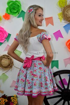 Vestido Floral Azul - Caipira Chic na internet