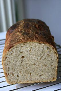 Французский хлеб на закваске, Pain au levain , от Peter Reinhart. Очень вкусный пшеничный хлебушек, только вот в следующий раз положу соли п...