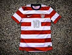 Nike Team USA Soccer Jersey - close to football jersey perfection Team Usa Soccer Jersey, Us Soccer, Soccer Tips, Football Jerseys, Nike Soccer, Soccer Post, Nike Nfl, Nike Outfits, Moda Masculina