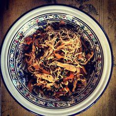 Japchae, Salad, Posts, Ethnic Recipes, Blog, Messages, Salads, Blogging, Lettuce