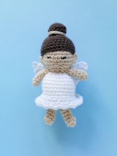 Crocheted Angel - free pattern