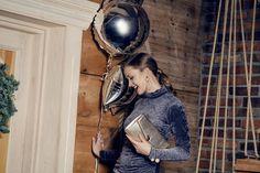 moda damska, moda dla niej, stylizacje damskie, elegancka stylizacja, Sylwester, NYE Nye, In Ear Headphones, Adidas