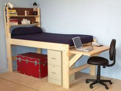 Pallet Projects - Loft Bed And Desk Made From Pallets