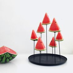MULTI CANDLE PIN - Design by Sebastian Bergne - Beautiful and original candlestick designed by Eno Studio. The candles seem to float in the air to create an intimate, almost religious atmosphere!