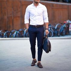 """""""Mi piace"""": 31 mila, commenti: 180 - @menwithclass su Instagram: """"Rate this clean outfit 1-10 🤔👌🏽 #menwithclass"""""""