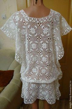 Work out this lace quare motif ~~ Пляжные платья ручной работы. Ярмарка Мастеров - ручная работа Туника пляжная с Vобразным вырезом крючком. Handmade.