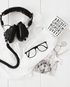 I like that background! black and white details -style monocrome fashion womens essentials flatlay inspiration - womenswear bayse luxe activewear