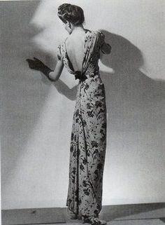Elsa Schiaparelli dress.40's