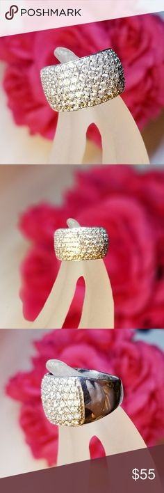 Beautiful Sterling Accent Ring - Sz 7 Sterling silver with sparkling cubic zirconias. Perfect Valentine's Day gift! Jewelry Rings