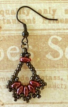Linda's Crafty Inspirations: Duo Fan Earrings