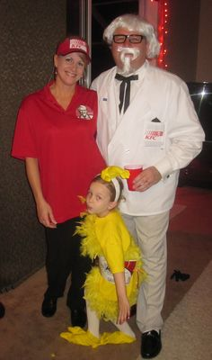 KFC Halloween Family Costumes idea! DIY Family Halloween Costumes! Super easy and cheap family halloween costumes! Enjoy! (Be sure to check out our Osbourne's family costume too on my Fall board!)