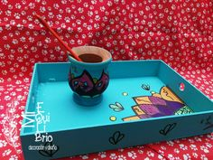 Brio, Coffee Art, Mandala Design, Plates On Wall, Creative Art, Design Art, Cool Stuff, Handmade Gifts, Trays
