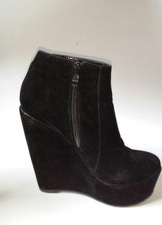 Kup mój przedmiot na #vintedpl http://www.vinted.pl/damskie-obuwie/botki/11391782-czarne-botki-wysokie-koturny-mega