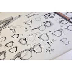 Technical sketches of glasses.