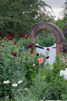 21 Best Garden Gates Images In 2019 Garden Gates Garden Garden Design