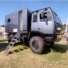 would be The best for any weather Off Road Camping, Camping Glamping, Overland Truck, Expedition Vehicle, Offroad, Camper Steps, Truck Paint, Van Home, Bug Out Vehicle