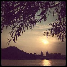 2013.09.28- The Sunset View of Lotus Lake, Zuoying District, Kaohsiung City, Taiwan