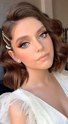Bridal Makeup Looks, Bridal Hair And Makeup, Wedding Hair And Makeup, Hair Makeup, Simple Makeup For Wedding, Prom Makeup Looks, Natural Makeup For Prom, Vintage Bridal Makeup, Short Bridal Hair