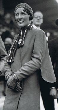 Beautiful 1920's Fashion Design