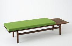 Jens Risom T 539 magazine table Bench Furniture, Vintage Furniture, Home Furniture, Furniture Design, Mid Century Modern Design, Mid Century Modern Furniture, Contemporary Furniture, Midcentury Modern, Bench Cushions