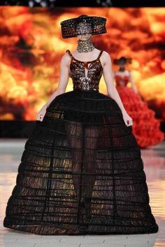 Alexander McQueen Spring Summer Ready To Wear 2013 Paris