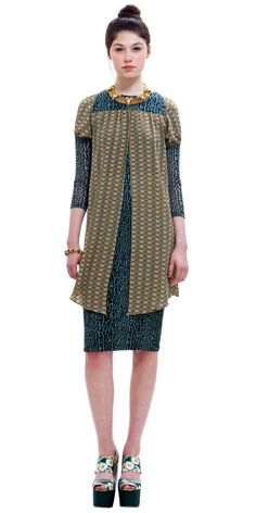 SUNO - Combo Paneled Capelet Dress