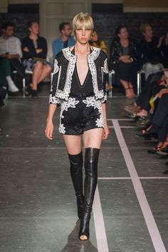 """<p tabindex=""""-1"""">Givenchy spring 2015 collection. Photo: Imaxtree</p>"""