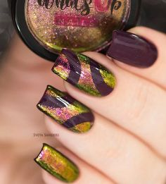 Chrome powder does not always have to rub on the entire nail plate, if you like to experiment, do it on a few nails but in different forms.