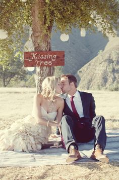 Have your guests take pictures under the Kissing Tree!