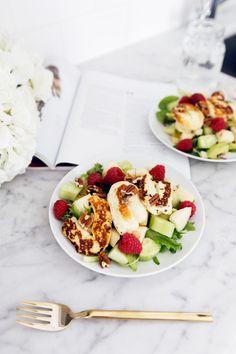 halloumi-salaatti
