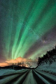 'Shapes of nature' Aurora