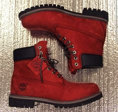 Men's Timberland Boots : Burnt red timberland boots. Red Timberland Boots, Timberland Outfits, Timberland Style, Timberland Classic, Timberland Fashion, Sock Shoes, Cute Shoes, Me Too Shoes, Shoe Boots