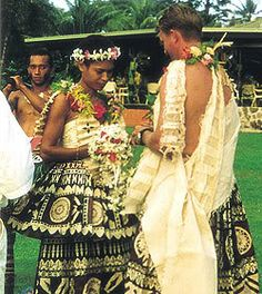 Traditional fijian wedding attire.  Similar with Samoan wedding dress, Fijian Wedding Dress was made of the bark of a Mulberry Tree. The tapa costumes are all raw fiber but soft enough to bend and shape.   The tapa is decorated with traditional patterns of black, brown and white symbolizing the region or part of Fiji where the tapa was made from (Namuka I Lau). Some of the more rare tapas are painted with different shades of soil and clay.